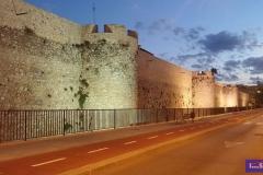 Murallas del Castillo de Denia al atardecer