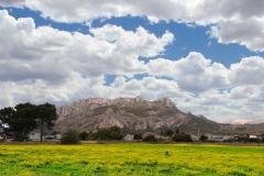 El Monte Segaria desde la playa de la Almadrava