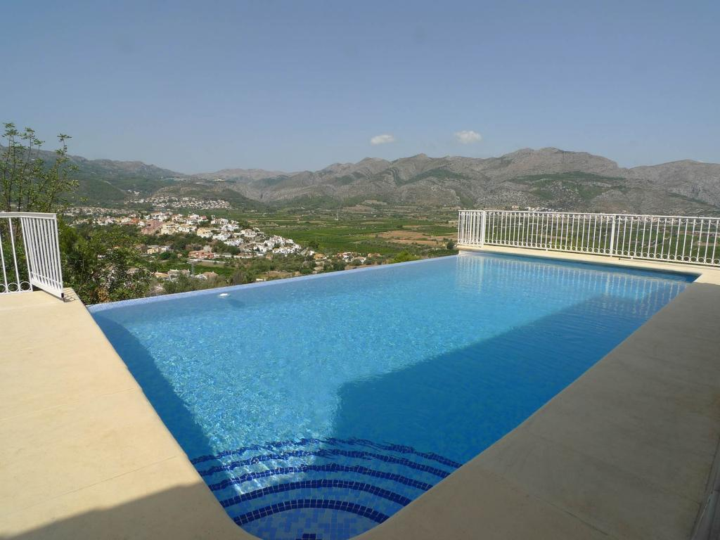 Photo number 2. Villa for sale  in Orba. Ref.: PRT-228949
