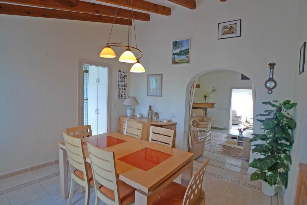 Photo number 10. Villa for sale  in Orba. Ref.: PRT-228949