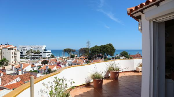 Photo number 1. Penthouse for sale  in Denia. Ref.: SLH-5-36-14738