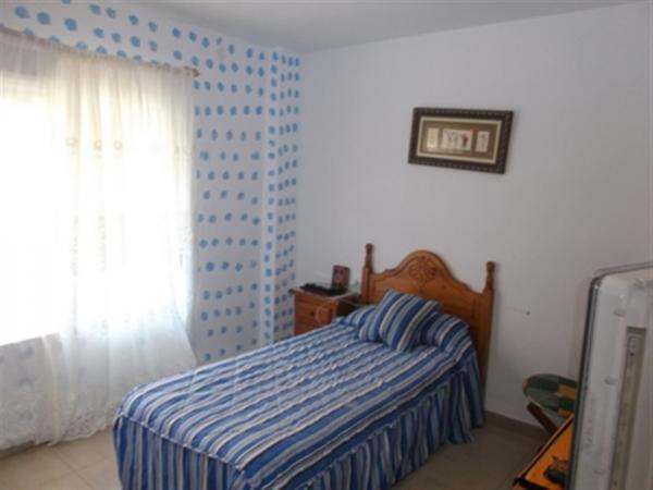 Photo number 11. Flat / Apartment for sale  in Denia. Ref.: SLH-5-18-7516