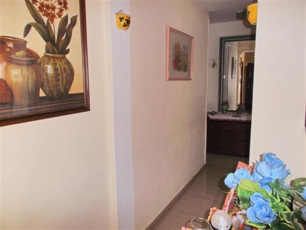 Photo number 4. Flat / Apartment for sale  in Denia. Ref.: SLH-5-18-7516