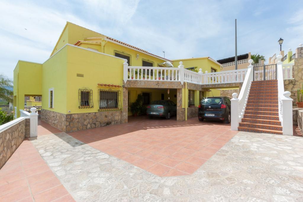 Stunning maison villa en vente with maison low cost - Maison bois low cost ...